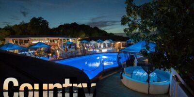 Country Club Porto Rotondo. Discoteca e ristorante con musica e spettacolo.